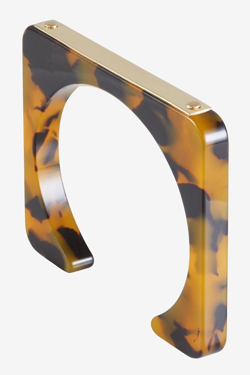fantasic metallic bar cuff