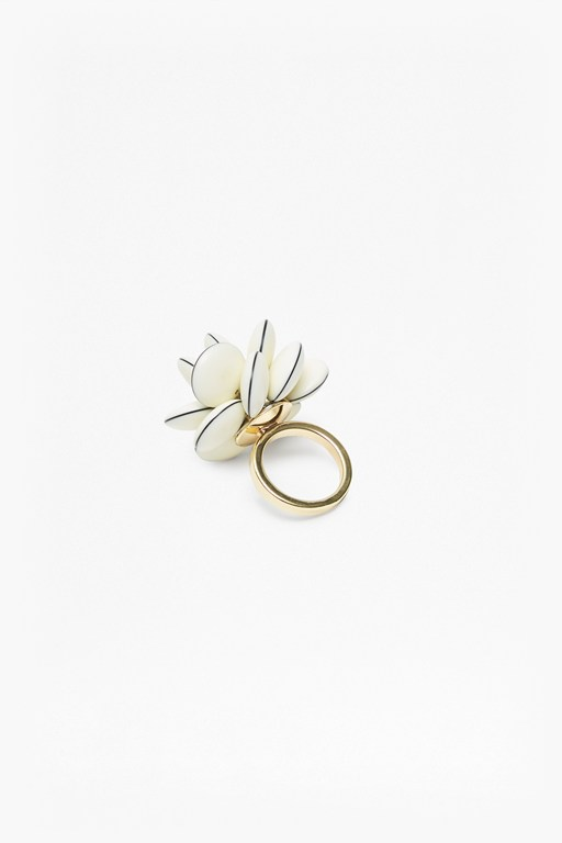 dream flower ring