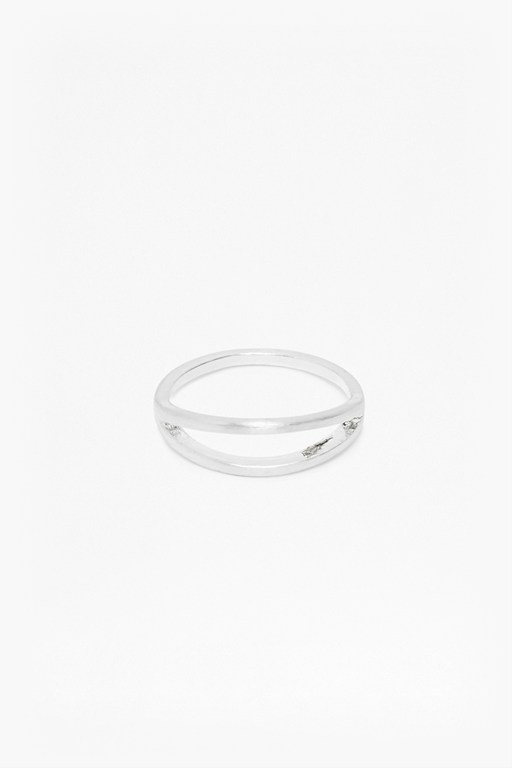 Complete the Look Core Brushed Split Bar Ring