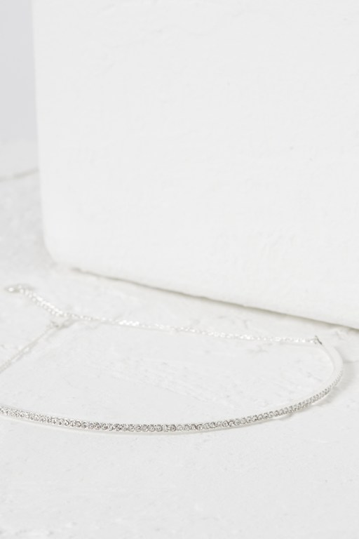 Complete the Look Crystal Choker