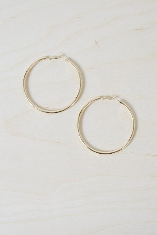 Complete the Look Chunky Geo Hoop Earrings