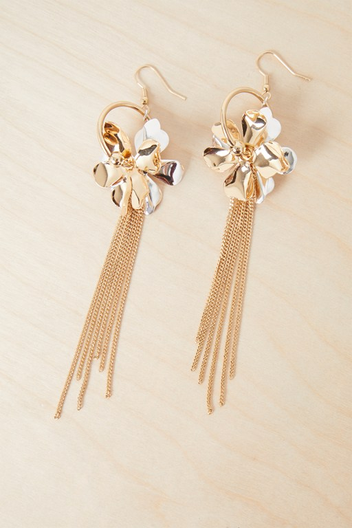 Complete the Look Metal Petals Earrings