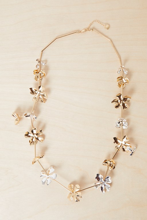 Complete the Look Metal Petals Necklace
