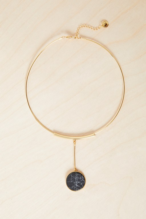 semi precious circle necklace
