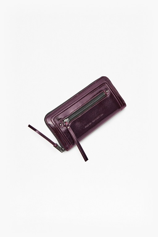 Complete the Look Carla Pull Up Wallet