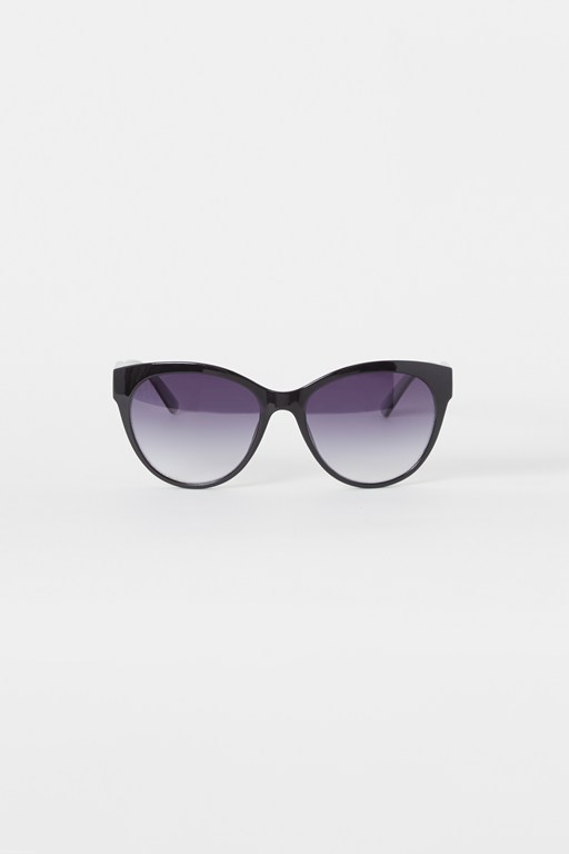 Complete the Look Easy Glamour Sunglasses