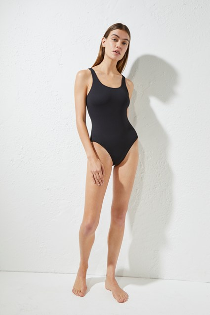 Core Classic Swimming Costume