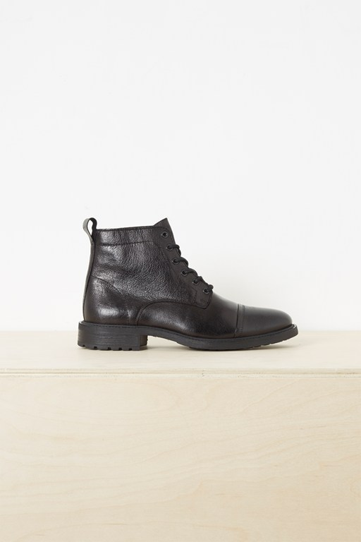 leo formal lace up boots