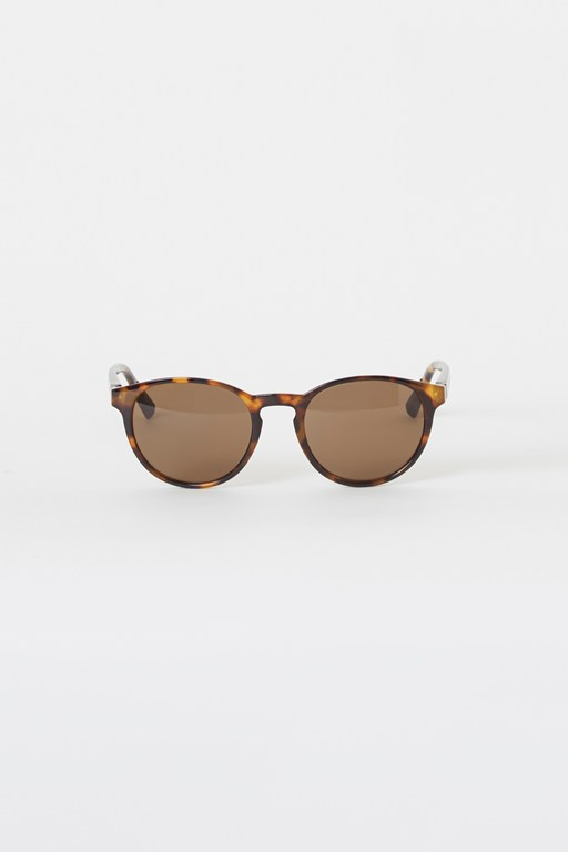 Complete the Look Preppy Round Sunglasses