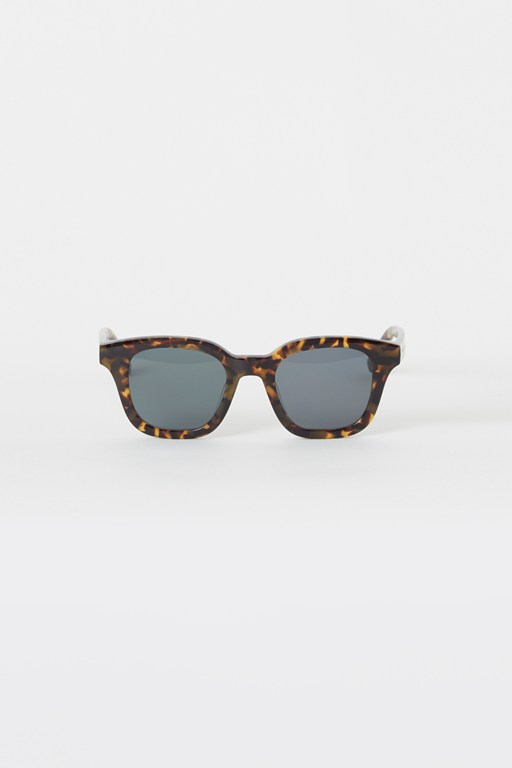 Complete the Look Chunky Square Premium Sunglasses