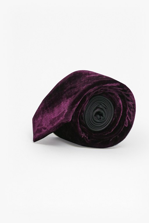 Complete the Look Velvet Tie