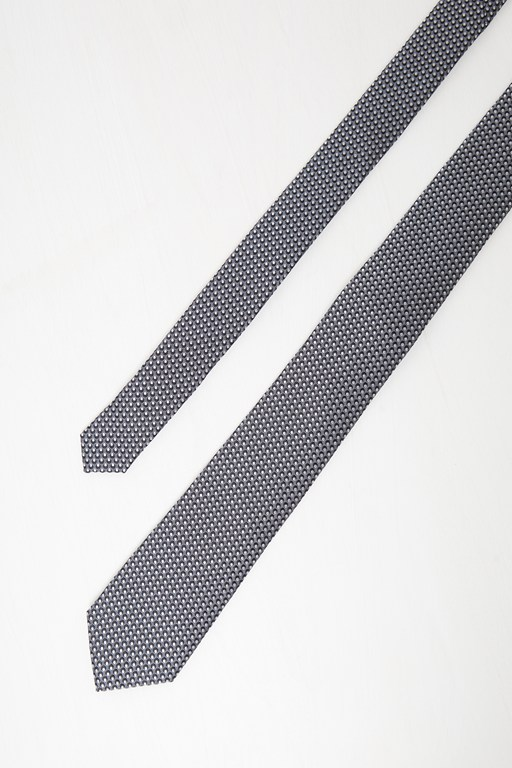 tommy tie